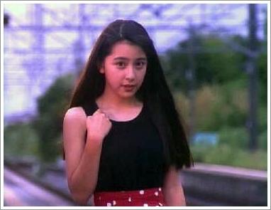 長い髪が素敵な奥菜恵さん